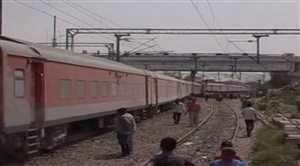 उन्नाव में ट्रेन के 11 डिब्बे पटरी से उतरे