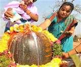 जानें कैसे और क्यों करते हैं प्रदोष में भगवान शिव की पूजा
