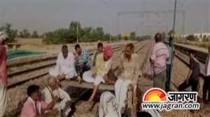 जाट आरक्षण: आगरा-जयपुर ट्रैक जाम