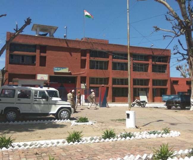 गुरदासपुर जेल में कैदियों का छह घंटे तक चला हंगामा, 30 कैदी दूसरी जेलों में शिफ्ट