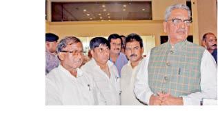 BJP Om Mathur 16592895