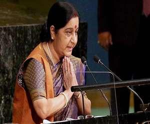 पाक को लताड़ने पर पीएम मोदी ने सराहा, राहुल गांधी ने कहा- शुक्रिया सुषमा जी
