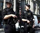 ब्रिटेन में और आतंकी हमलों की आशंका, मुख्य स्थानों पर तैनात की जा रही है सेना
