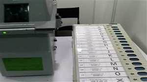 चुनाव आयोग का चैलेंज कबूलने में सुस्त पड़े राजनीतिक दल