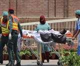 पाकिस्तान में ईद पर अपनों के शव तलाशते रहे परिजन