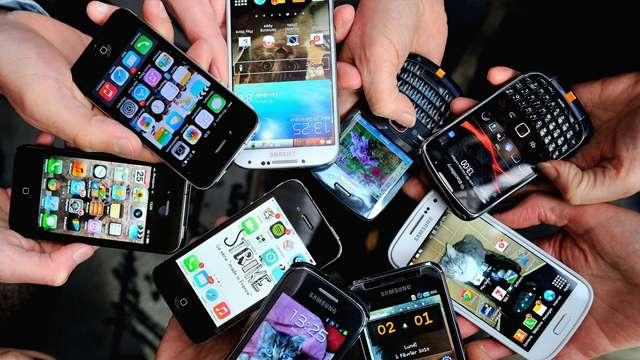 स्मार्टफोन खरीदते समय अनजाने में होती हैं ये 5 बड़ी गलतियां