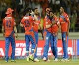 आइपीएल-10 LIVE: बैंगलोर ने गुजरात को दिया 135 रनों का लक्ष्य