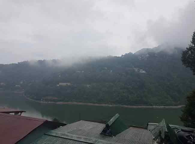 pics: उत्तराखंड में डराने लगा मानसून, बारिश से आफत