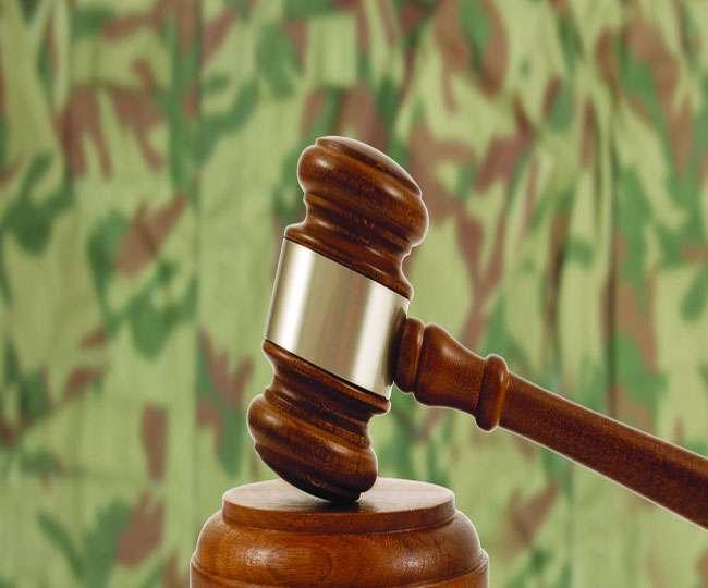 पाकिस्तान में सैन्य अदालतों पर सभी दल राजी