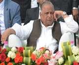 सपा में कलह के आसार बढ़े, मुलायम ने विधायकों के साथ बैठक टाली