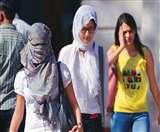 अहमदाबाद में 42 डिग्री के पार पहुंचा पारा, मौसम विभाग ने जारी की 'येलो वार्निंग'