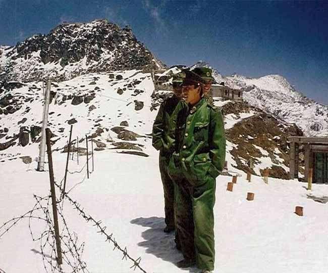 चीन ने भारतीय बंकर पर बुल्डोजर चलाया, आर्मी चीफ जाएंगे सिक्किम