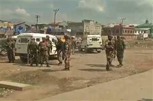 जम्मू-कश्मीरः पत्थरबाजों पर लगाम के लिए सरकार मुस्तैद