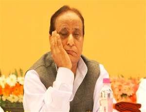 आजम खां ने कहा, मैं तो भारतीय जनता पार्टी की 'आइटम गर्ल'