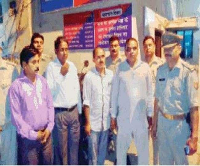 मेरठ में 29 लाख के पुराने नोटों के साथ पांच लोग गिरफ्तार