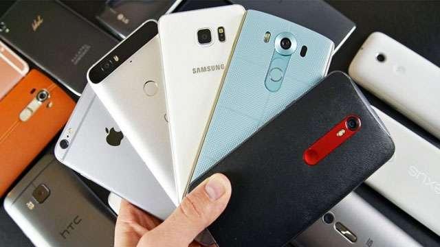यह हैं भारत में मौजूद टॉप 5 ट्रेंडिंग स्मार्टफोन्स, जानें कीमत और फीचर्स