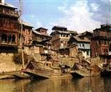 श्रीनगर में वेनिस, झेलम में 'वाटर वे' ट्रांसपोर्ट का चल रहा ट्रायल