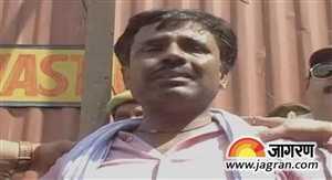 कानपुर में 9 लाख रूपये की लूट