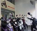 BS-3 वाहनों पर बैन से ग्राहकों की मौज, बाइक-स्कूटी पर 22 हजार तक की छूट