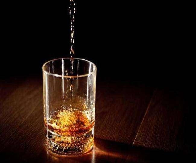 अवैध शराब से जान गई तो मिलेगी फांसी की सजा