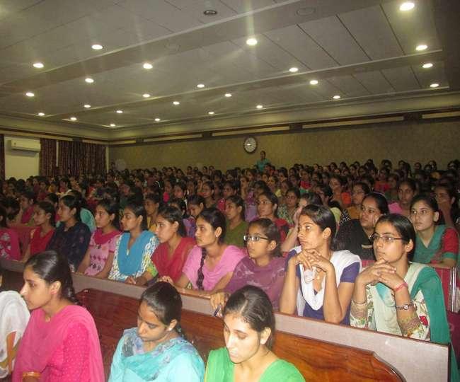देश भर की महिला मंत्रियों का लखनऊ में होगा सम्मेलन