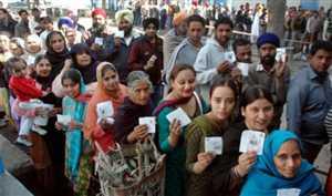 तीन बजे तक गोवा में 67%, पंजाब में 55% वोटिंग