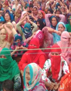 देखें तस्वीरें: जाट आंदोलन में माहौल गर्माया, सुरक्षा हुई कड़ी