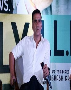 jolly llb 2 बनी अक्षय कुमार की लगातार 100 करोड़ कमाने वाली चौथी फ़िल्म, देखें तस्वीरें
