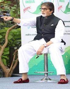 photos : अमिताभ बच्चन को हो गया है jacket से love, कभी ब्लू तो कभी ब्लैक