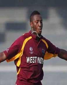 तस्वीरें : ऐसे 5 गेंदबाज जिन्होंने 4 गेंदों में चटकाए थे चार विकेट