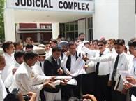 देखें तस्वीरेंः एडवोकेट्स एक्ट में संशोधन की सिफारिशों के विरोध में वकील