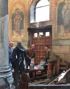 मिस्र में प्रार्थना के दौरान चर्च पर हमला, धमाकों में 45 की मौत