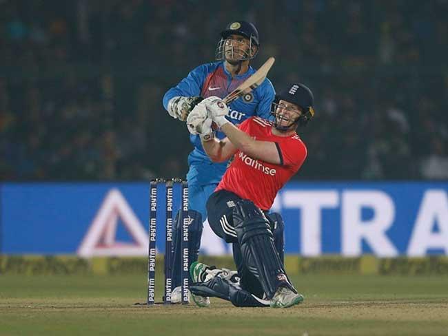 कानपुर टी20 में इंग्लैंड ने भारत को धोया, हार से हुई 'विराट' युग की शुरुआत