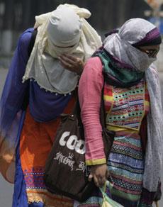 देखें तस्वीरें: हरियाणा में झुलसा रही गर्मी से नहीं मिल रही राहत