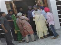 देखें तस्वीरें: सज्जन ने जालंधर में की बच्चों संग मस्ती, चंडीगढ़ में नेताओं से मिले