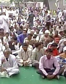 pics:आरक्षण को लेकर दिल्ली में जाट आंदोलनकारियों का प्रदर्शन