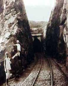 भारतीय राजा से कर्ज लेकर अंग्रेजों ने यहां बनाया था रेल ट्रेक, हाथियों ने खींचा था इंजन