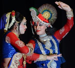 पटना में कुछ यूं दिखा किन्नर महोत्सव का नजारा, देखें तस्वीरें....