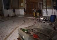 तस्वीरें : 'दमादम मस्त कलंदर' वाले सूफी संत लाल शाहबाज की दरगाह में आत्मघाती हमला