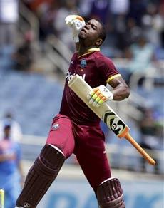 Pics: इस कैरेबियाई बल्लेबाज ने वो किया, जो दुनिया का कोई बल्लेबाज नहीं कर पाया