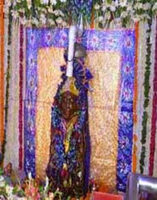 तस्वीरों से जानें, इन शनि मंदिरों में भक्तों की मनोकामनाएं होती है पूरी