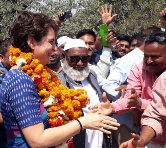 कांग्रेस महासचिव Priyanka Gandhi का अमेठी में कुछ ऐसा रहा अंदाज, देखें तस्वीरें
