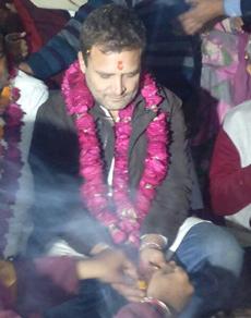 pics: हरिद्वार में राहुल गांधी और हरीश रावत ने की गंगा आरती