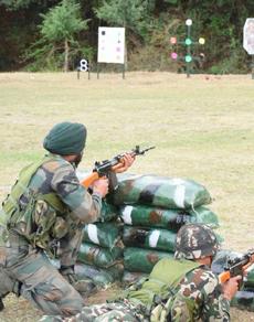 pics: भारत-नेपाल के सैनिकों ने अपने युद्ध कौशल को किया साझा