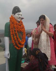 pics: वीर शहीद केसरीचंद को अर्पित की श्रद्धांजलि, मेले में उमड़े ग्रामीण