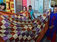 पटना के तारामंडल में लगा व्यापार मेला, देखें तस्वीरें...