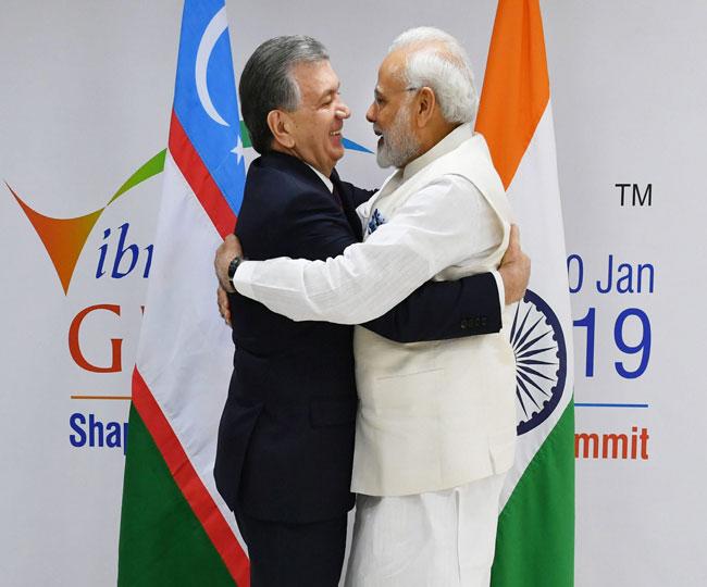 Vibrant Gujrat Summit 2019: देश को दुनिया के शीर्ष 50 देशों में शामिल करने का संकल्प
