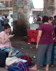 देखें तस्वीरें: हरियाणा में राेडवेज बसों का चक्का जाम होने से लोग परेशान