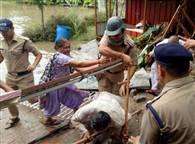 PICS: हरिद्वार में भिड़े महाराज और कौशिक समर्थक, मेयर हुए घायल
