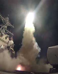 us ने सीरिया पर दागी क्रूज मिसाइलें, देखें तस्वीरें